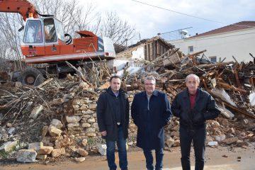 Κατεδάφιση Ετοιμόρροπων Κτιρίων στη Δημοτική Κοινότητα Χωριστή
