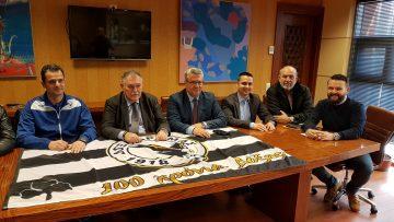 Συνάντηση του Δημάρχου Δράμας κ. Χριστόδουλου Μαμσάκου με την Επιτροπή Εορτασμού των 100 χρόνων της Δόξας Δράμας